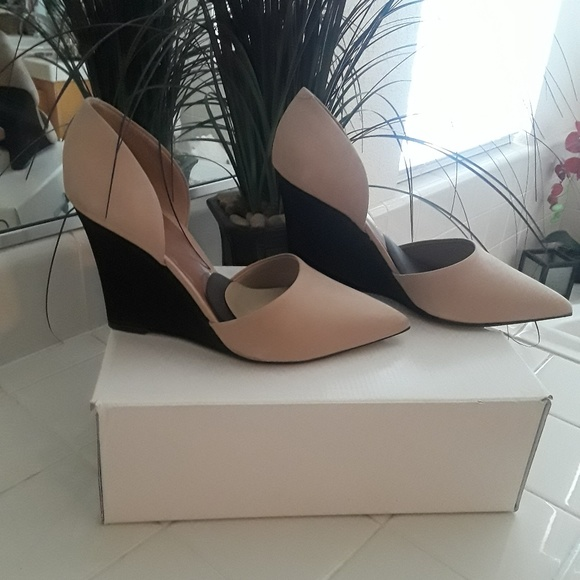 Aldo Shoes - Aldo two-tone tan and black platform heel